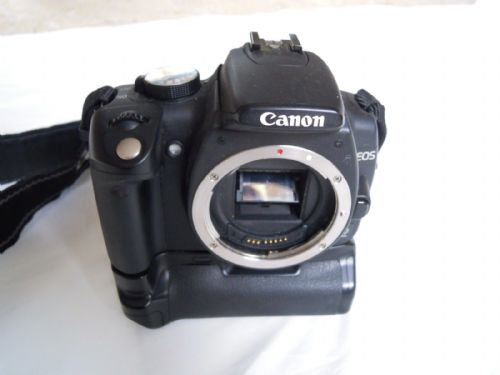 CANON EOS 350D WITH GRIP, 2 BATTERIES AND CHARGER